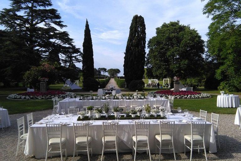 A wedding reception at Villa Tassanara, Lake Garda