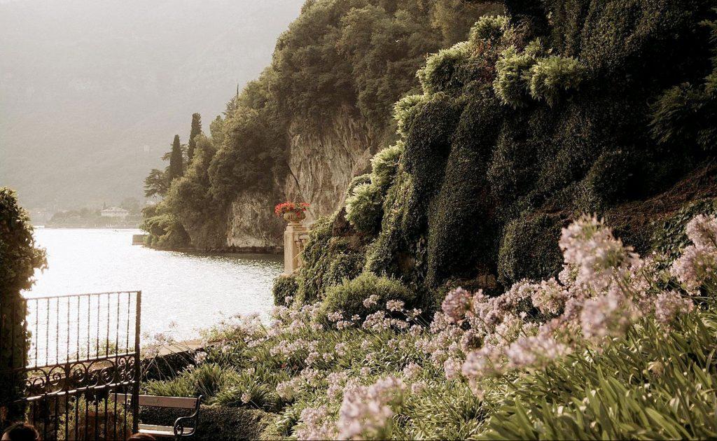 Wedding proposal Lake Como